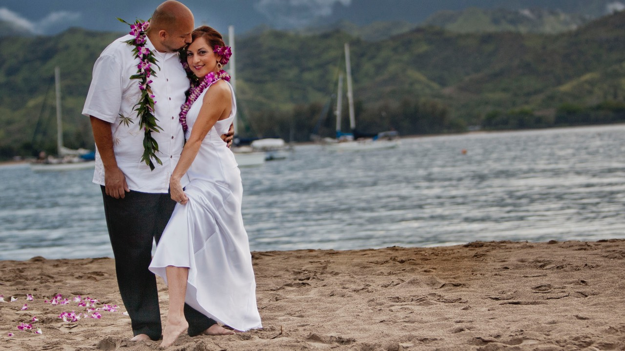 Wedding videographer Difraser makes exciting Kauai wedding videos at affordable rates