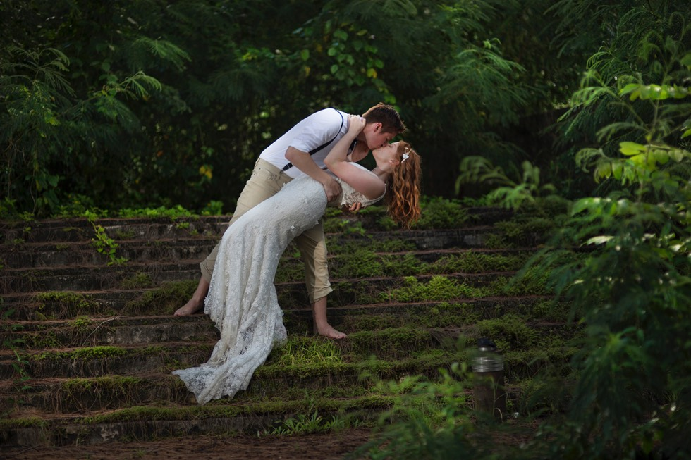 Elopement weddings Kauai -  beach wedding packages to suit all budgets.