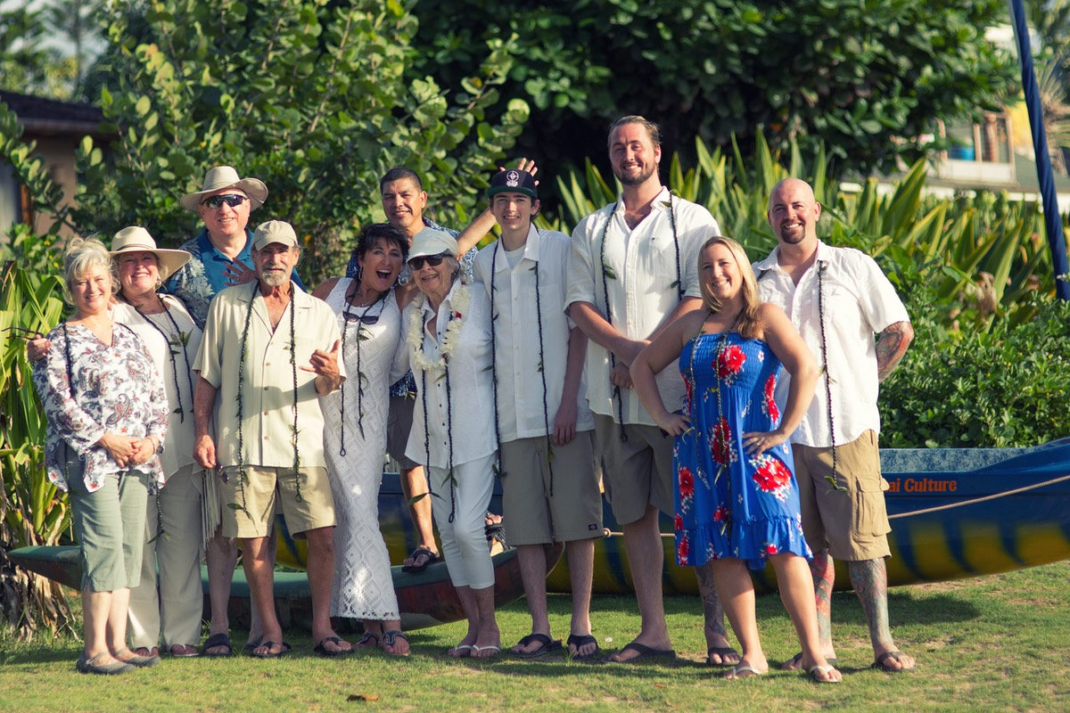 Family gathering at Hanalei Bay - photo by David Fraser photography Kauai Video Productions
