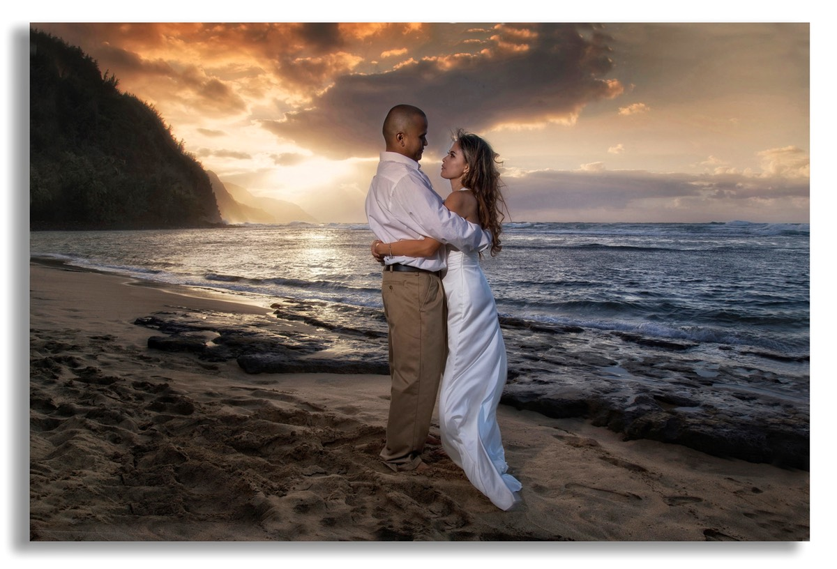 Sunset Ke-e beach, Kauai. Bride and groom shot.