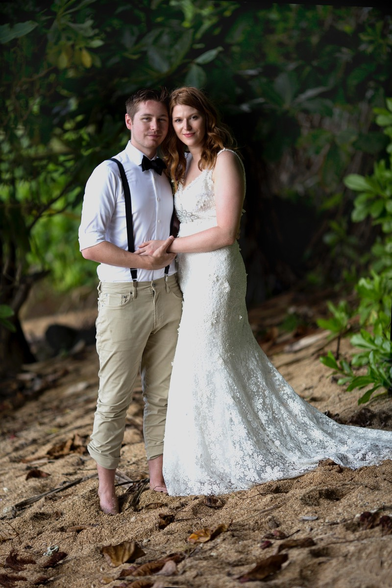 Kauai wedding videographer Difraser 1372 filmed at Hideaways beach