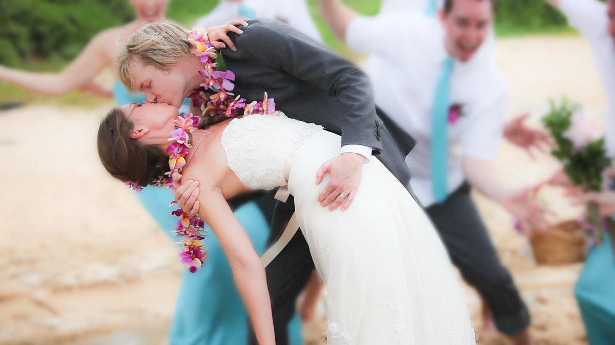 Kauai Video Productions, wedding on the beach,  Canon 5D mark 2, with Canon 70-200mm 2.8.