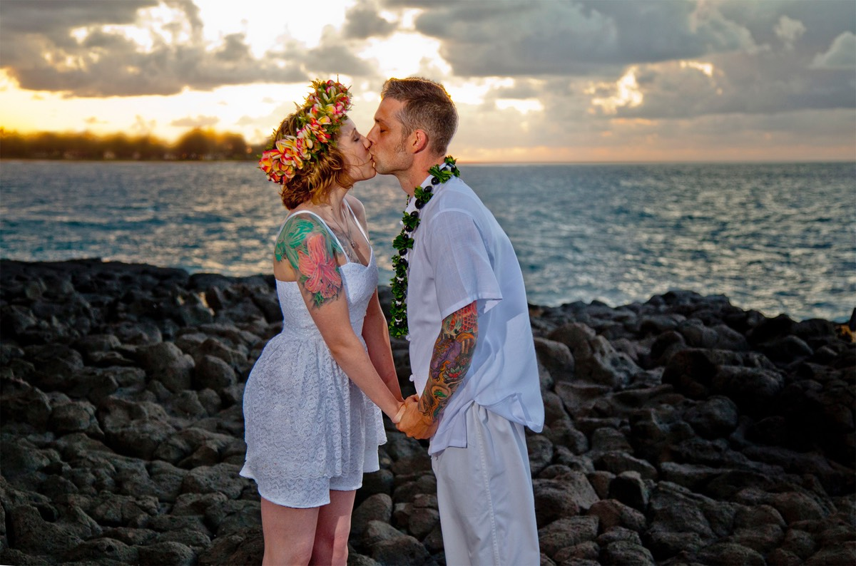 wedding video and photography session. Sunset Lumaha'i Beach, Kauai,  Canon 5D, Sigma 85mm f/1.4 lens.
